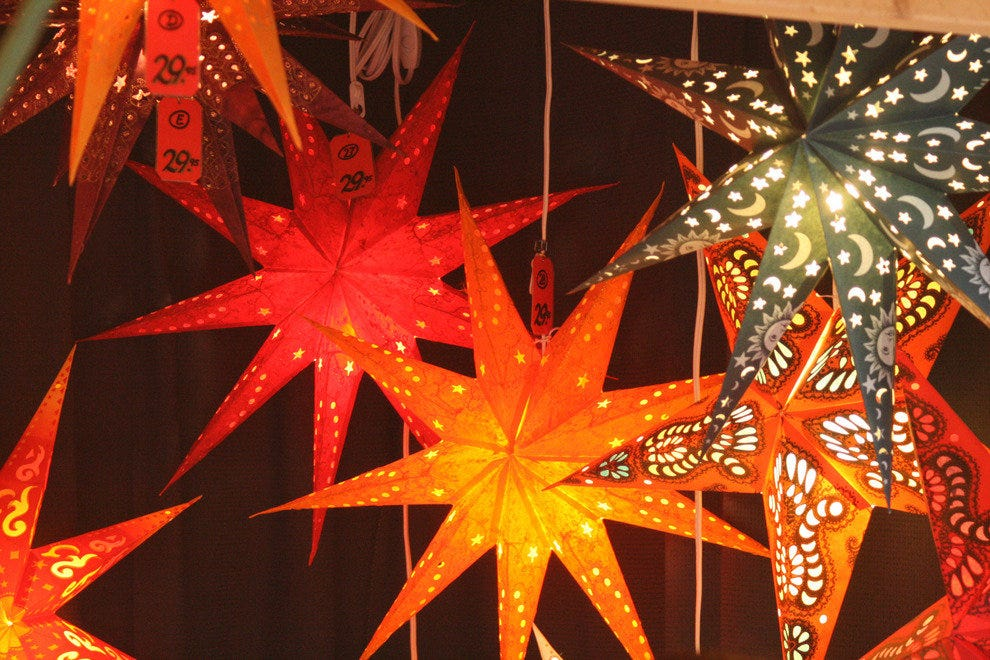 Nov 11, · Denver Kickers Christkindl Market October 26, Upcoming Events. Ring in the New Year! December 31, @ pm - January 1, @ am; Become a Member. Get more involved with the Denver Kickers club and enjoy the .