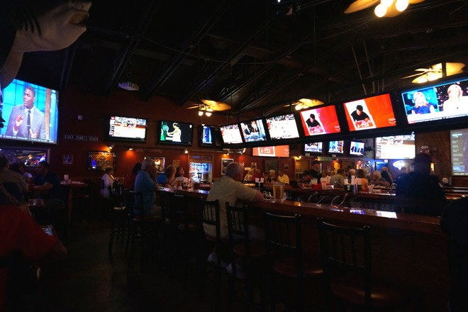 RonDaos Pizzaria and Sports Bar