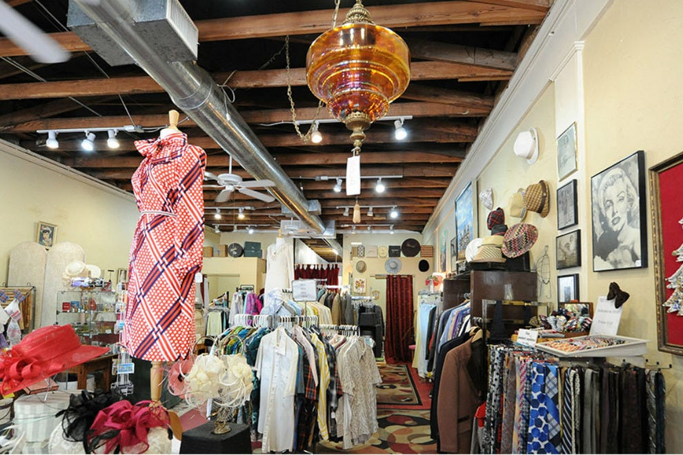 Clothing Stores in Dallas, Texas with
