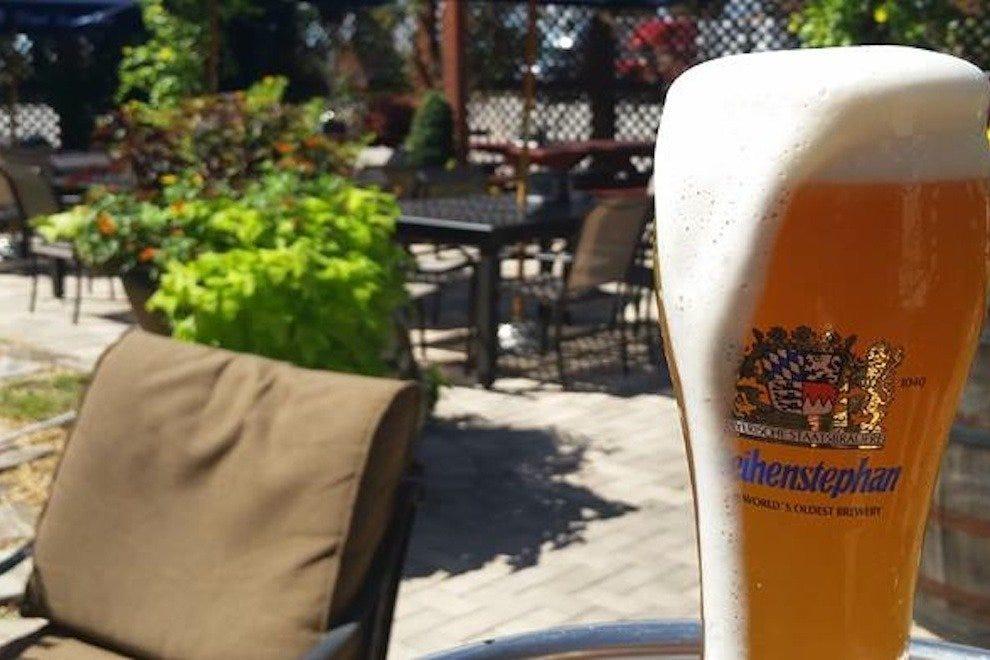 过山车酒吧和比尔加滕