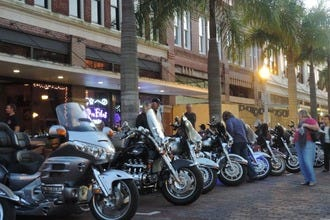 Fort Myers Bike Nights Fill the Streets