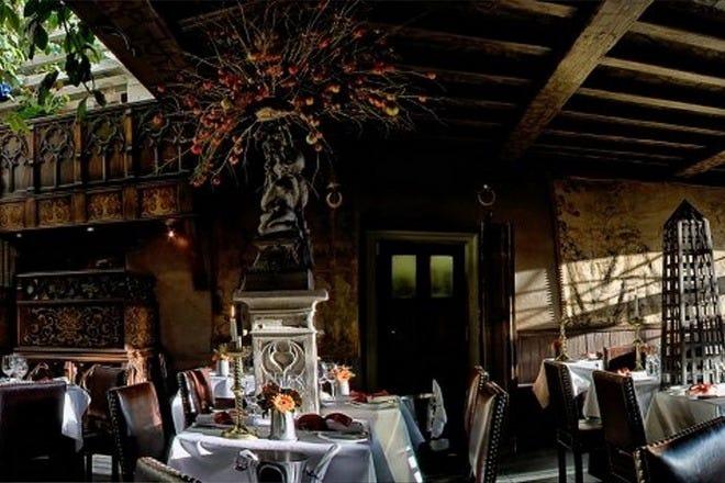 Romantic Dining in Edinburgh