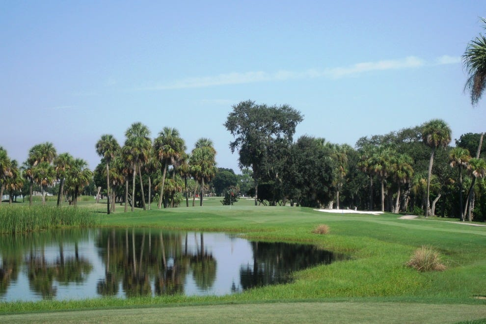 Watch out for the wind on Rocky Point Golf Course, located next to Tampa Bay