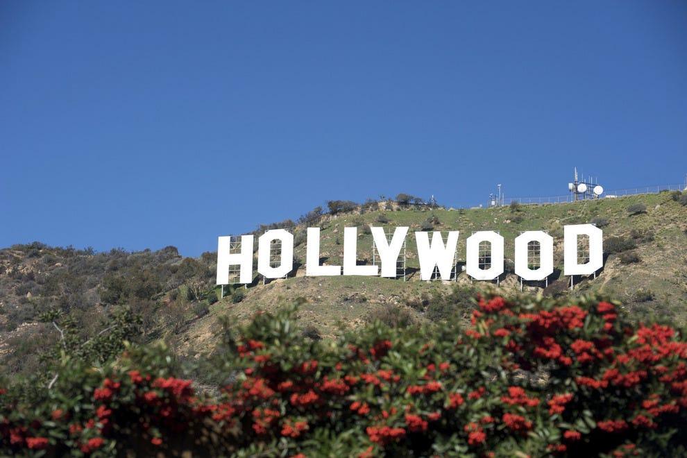 名人通常不在好莱坞
