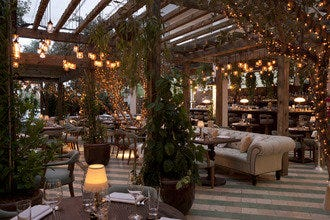 Surprise Your Special Someone On Date Night At Miami's 10 Best Romantic Restaurants