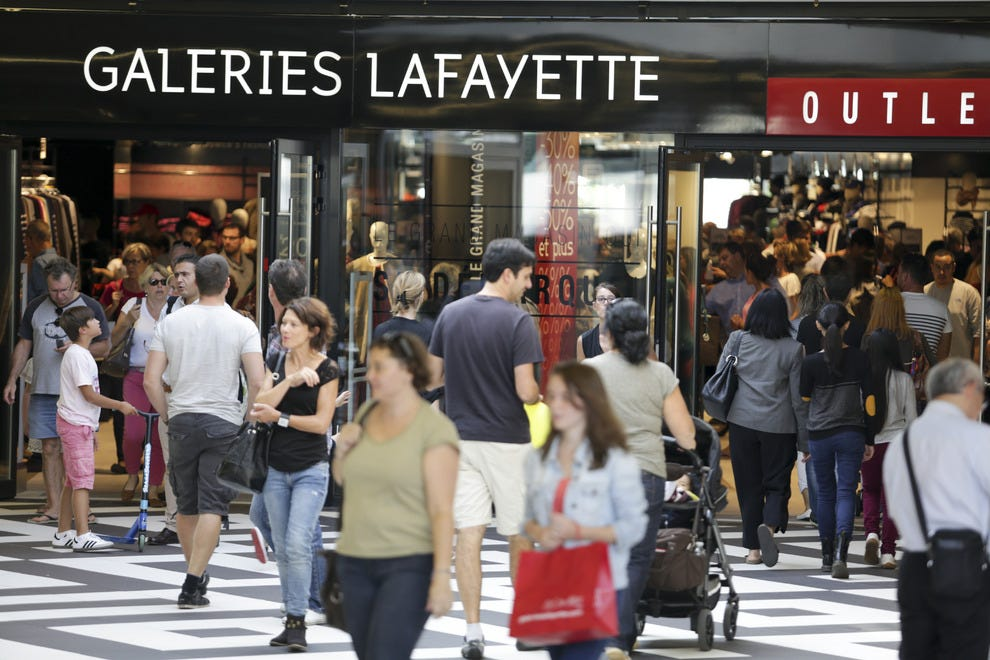 One Nation Outlet Mall Makes for Big News in Paris: Shopping ...