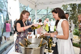 Dali Museum Hosts Annual Los Vinos de Dali Event