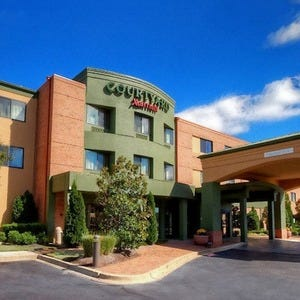 Hotels near liberty bowl memorial stadium hotels in memphis for Luxury hotels in memphis tn