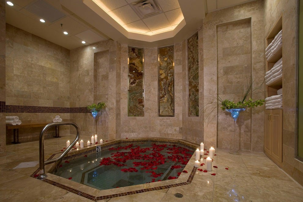 Rio Spa & Salon's private Jacuzzi area has frosted and stained glass windows for a sense of added privacy