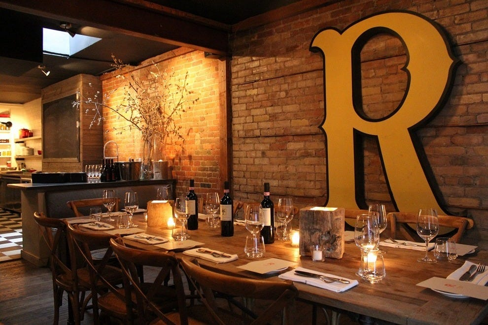 Chef lynn crawford 39 s restaurant ruby watchco celebrates for Best private dining rooms downtown toronto