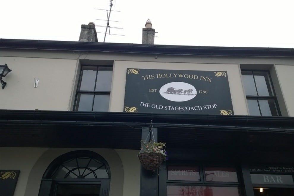 The original Hollywood Inn from 1790!