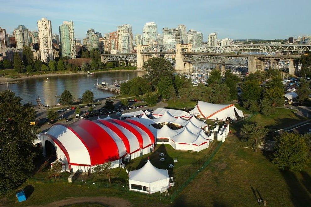 海滩上的吟游诗人是加拿大西部最大的莎士比亚音乐节。