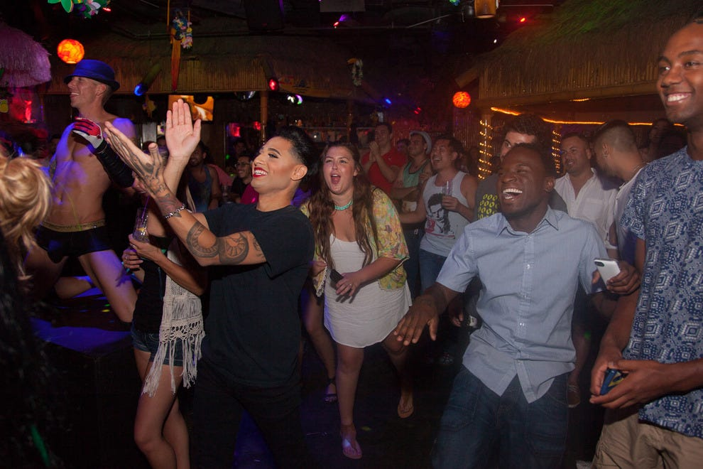 Most Poppin' Gay Clubs and Bars in Palm Springs