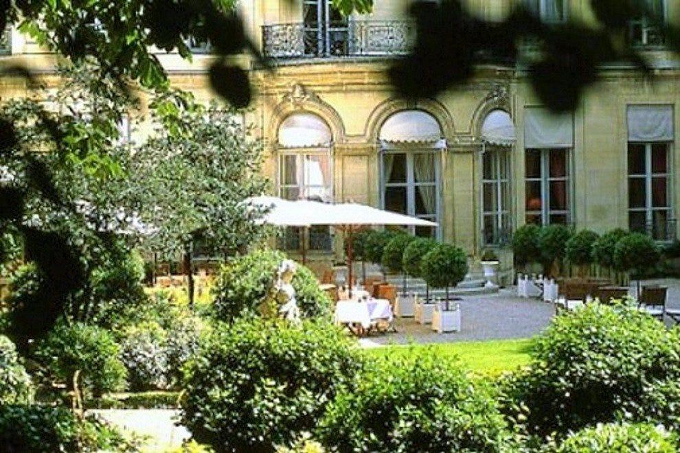 Restaurant de la maison de l 39 amerique latine paris - La maison hantee paris ...