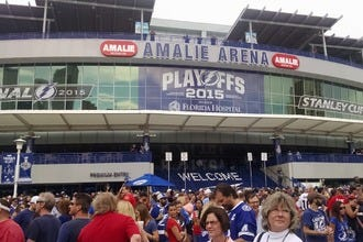 Restaurants near Amalie Arena