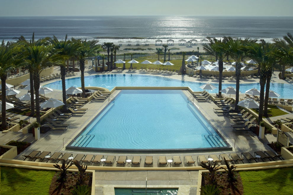 The Omni Amelia Island Plantation Resort boasts the largest multi-tiered poolscape in the region
