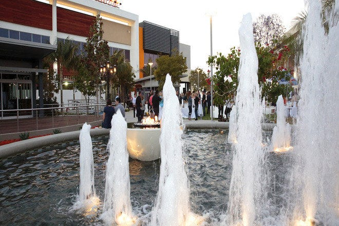 1170c6f1f562 10 Best Places to Shop in Los Angeles