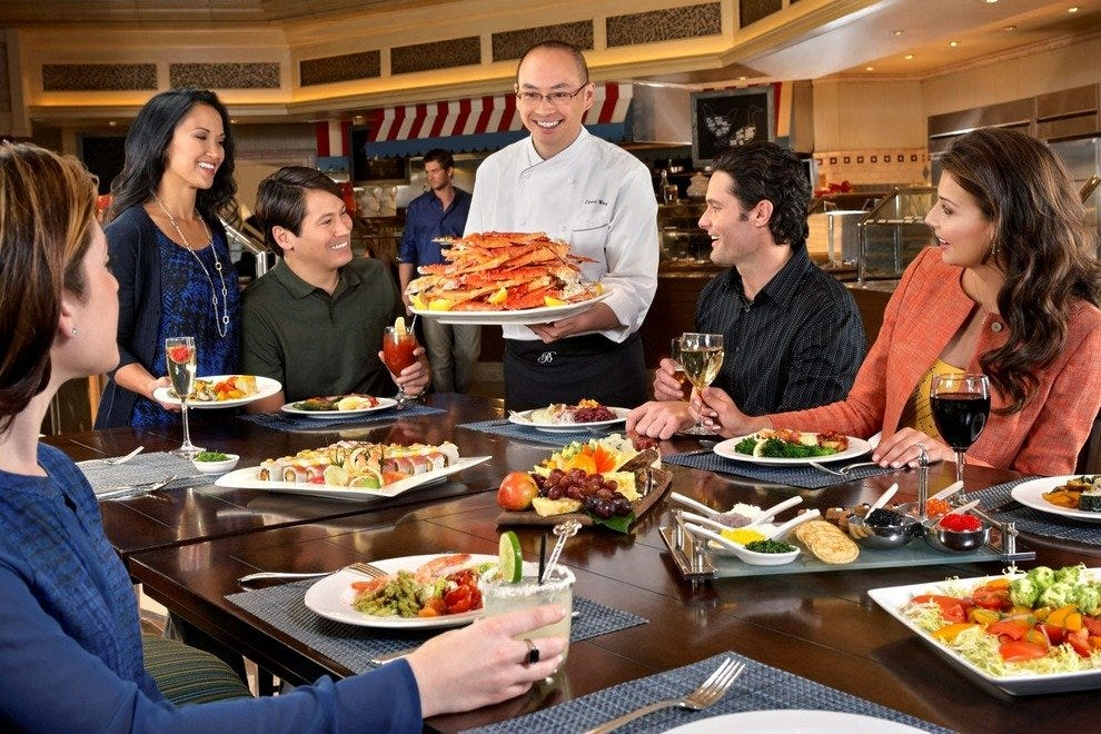 Fine dining meets casual at Season's Buffet located inside Turtle Creek Casino & Hotel. Come for the all-you-can-eat seafood buffet and stay to play!