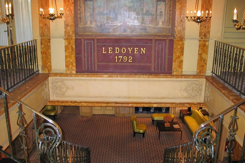 Pavillon Ledoyen, a Paris restaurant with a past