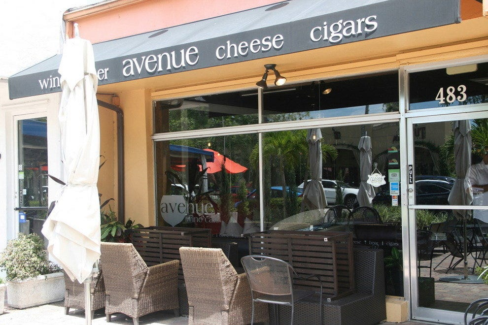 Avenue Wine Cafe