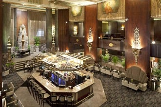 Cincinnati's Best Hotels: Architectural Gems and Modern Luxury with Welcoming Service