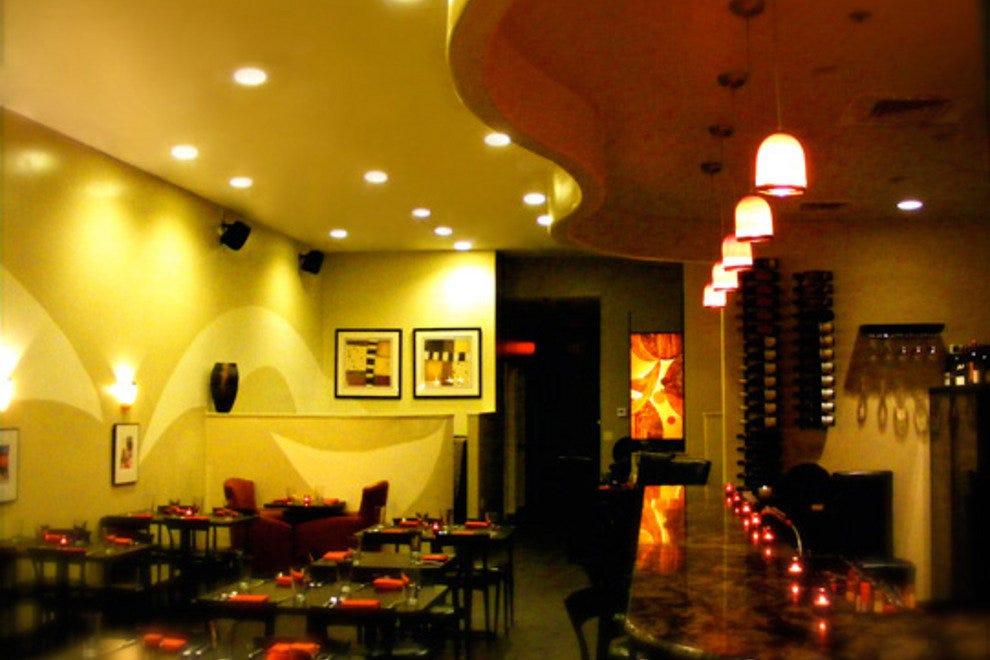 Best Restaurants Near Hilo
