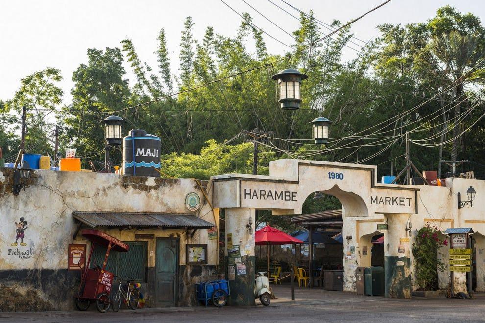 没有时间去大洼坑吗?你会发现啤酒,葡萄酒和非洲朗姆酒鸡尾酒将在新的哈姆贝市场内的万福点心上出售。