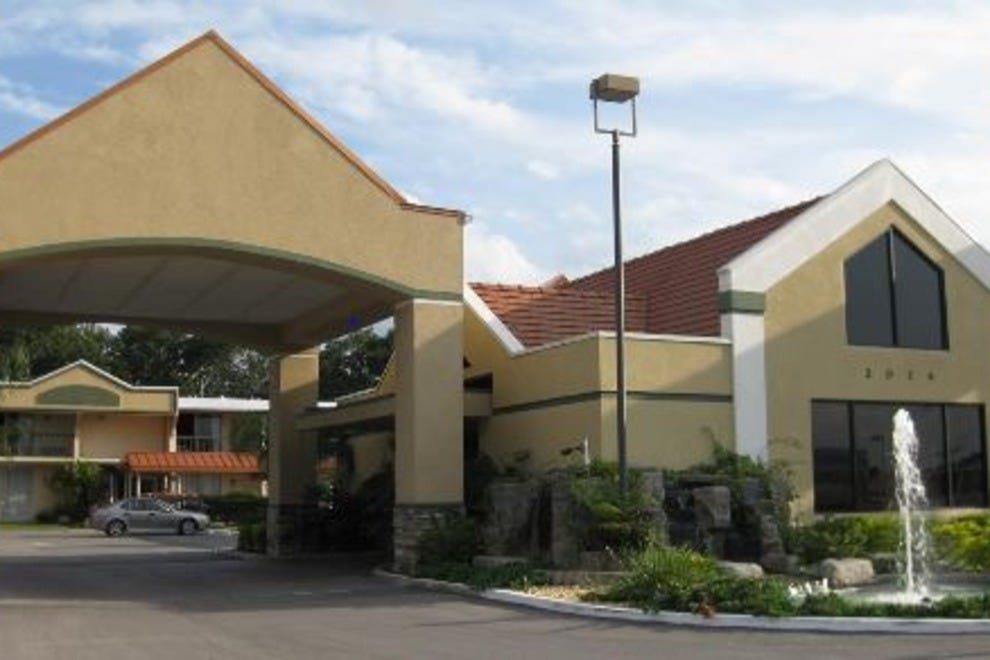 Hotels Near Citrus Club Orlando