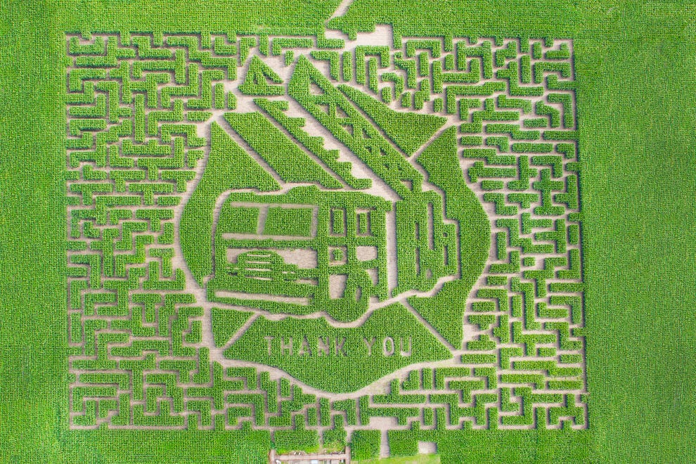 Tribute to firefighters 2015 maze