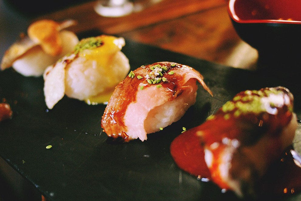 Frederick 39 s fusion bistro sushi bar tahoe restaurants for Asian fusion cuisine and sushi bar