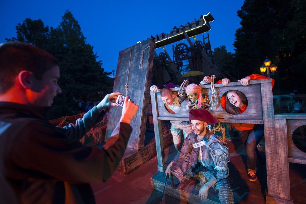 Best theme park halloween event winners 2015 10best - Busch gardens williamsburg halloween ...