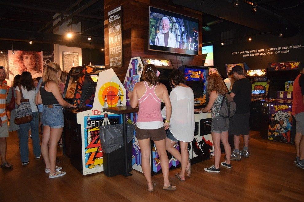 Cincinnati Singles Bars