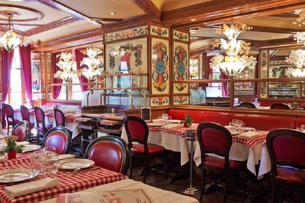 Italian Restaurant Th And St
