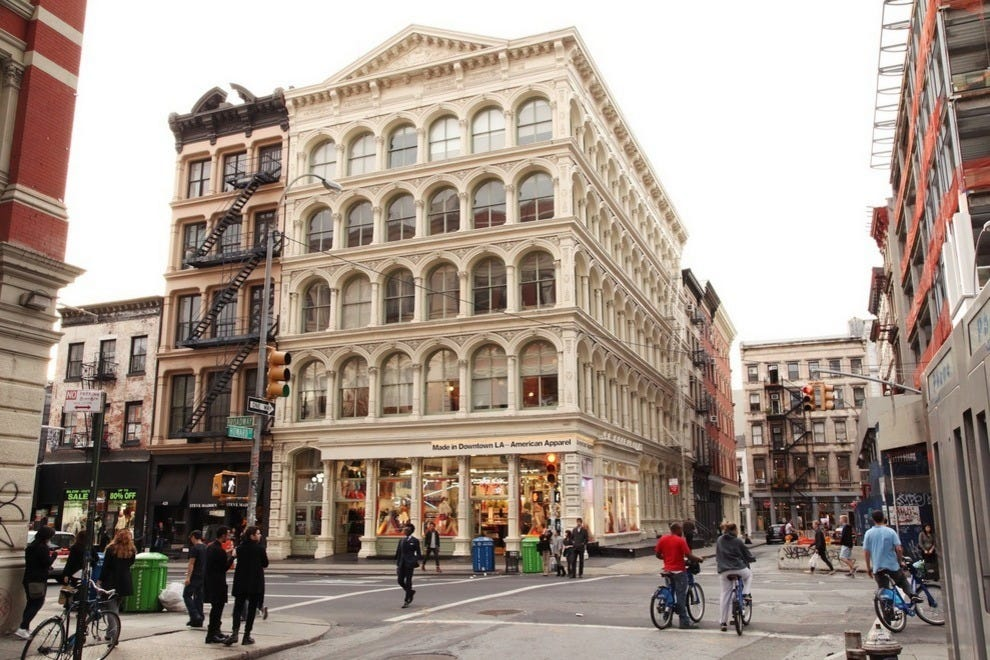 Things to do in soho new york neighborhood travel guide for Places to see in nyc at night