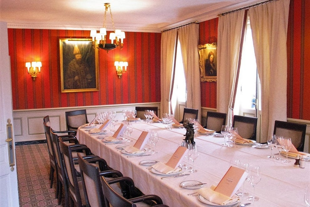 Laurent Restaurant Paris, upstairs private dining room with seating for 30