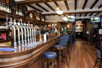 Ryrie's: A Traditional Scottish Pub in the Heart of Haymarket