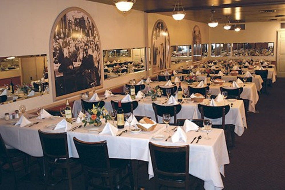 Sabatino 39 s baltimore restaurants review 10best experts for Best private dining rooms in baltimore