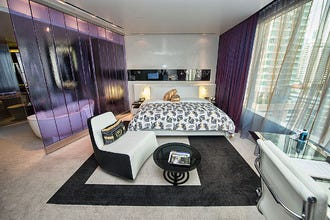 W Bangkok Hotel: Find Cutting-Edge Urban Design and Pizzazz