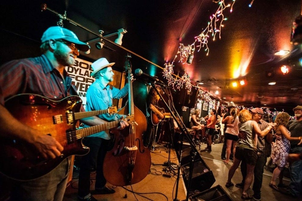 Locals dance and bands jam at Oskar Blues Grill & Brew!