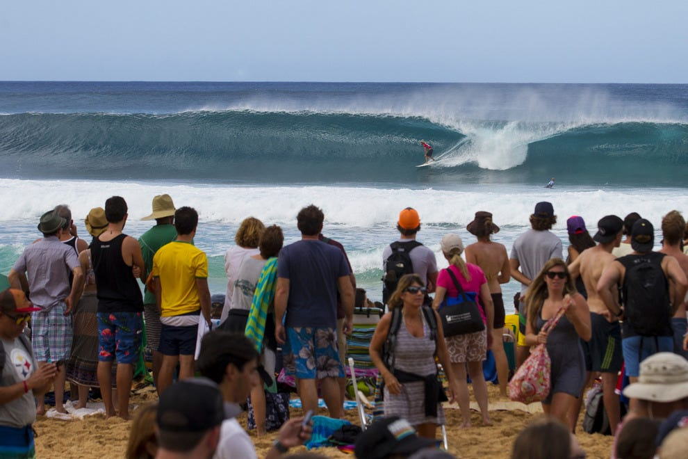 7899732599 Watch the World s Best Surfers Compete on Oahu s North Shore