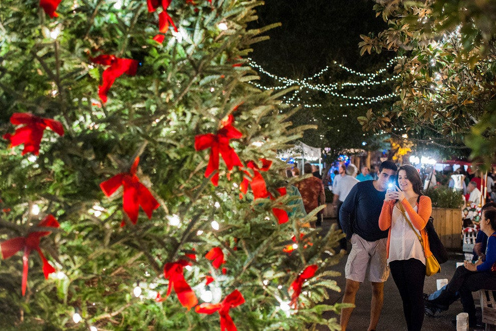 Christmas On The River Savannah 2019 Holiday Attractions: Attractions in Savannah