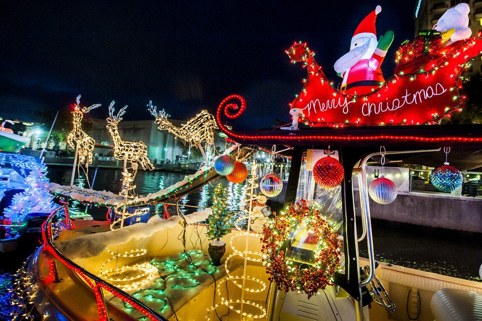 Savannah Christmas 2019 Holiday Attractions: Attractions in Savannah
