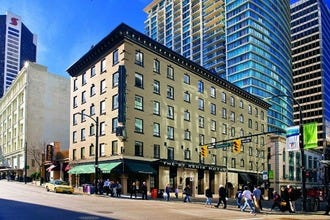 The St. Regis Hotel Vancouver Offers Boutique Comfort