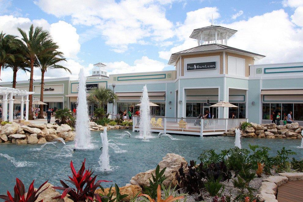 Christmas Shopping Shopping In Tampa