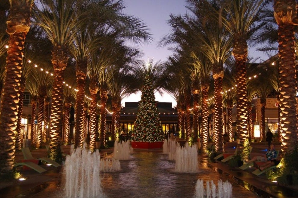 Christmas Shopping Shopping In Scottsdale