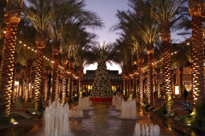 Christmas Shopping in Scottsdale