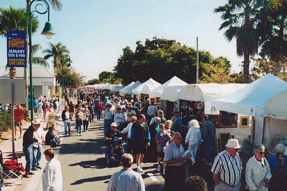 Painting the town cape coral welcomes hundreds of artists for Craft fair fort myers