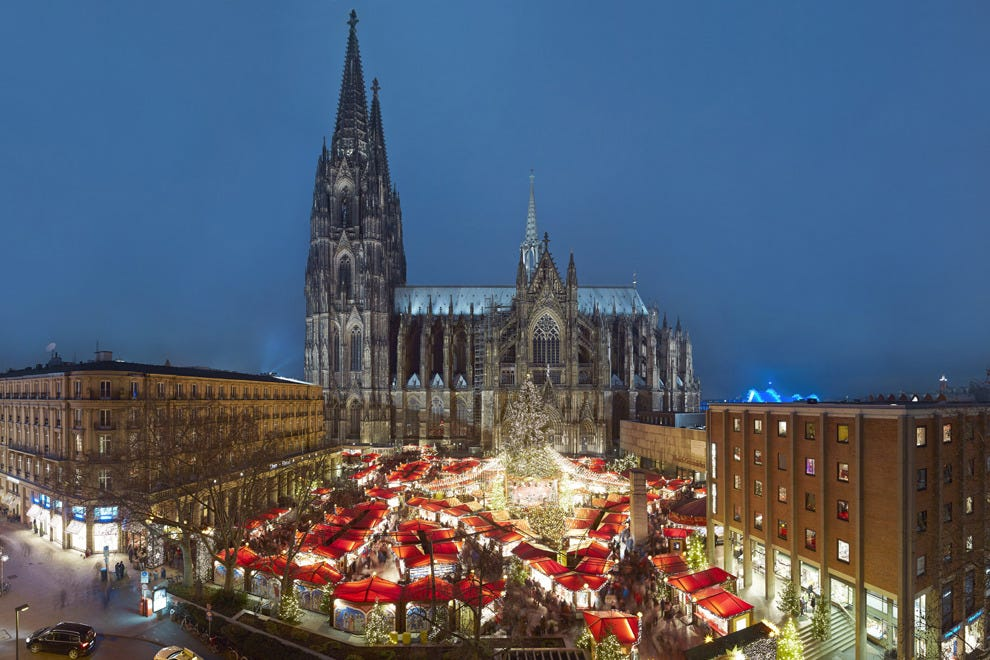 Drink the original mulled wine at Cologne's Cathedral Christmas market