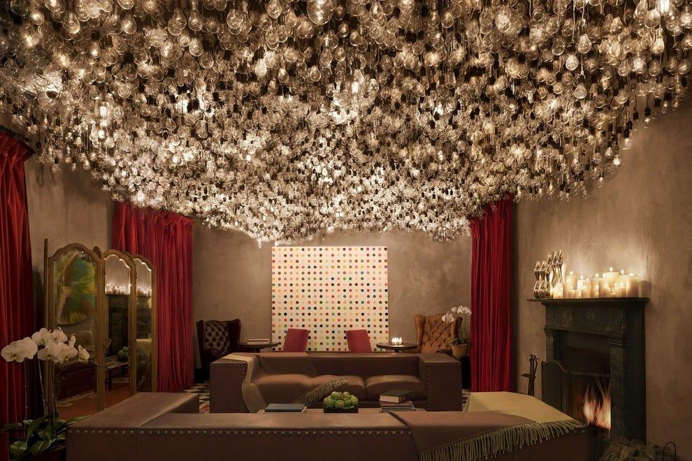 Hotel Slideshow: Romantic Hotels In New York