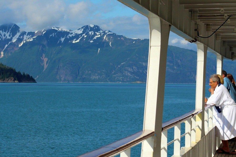 1951448b7 Discover Alaska's Magnificent Glacier Bay National Park on a ...